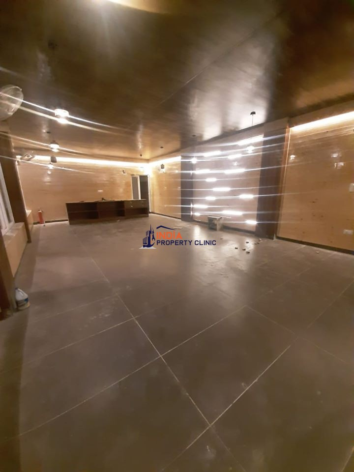 32 Rooms Hotel For Lease in Rishikesh