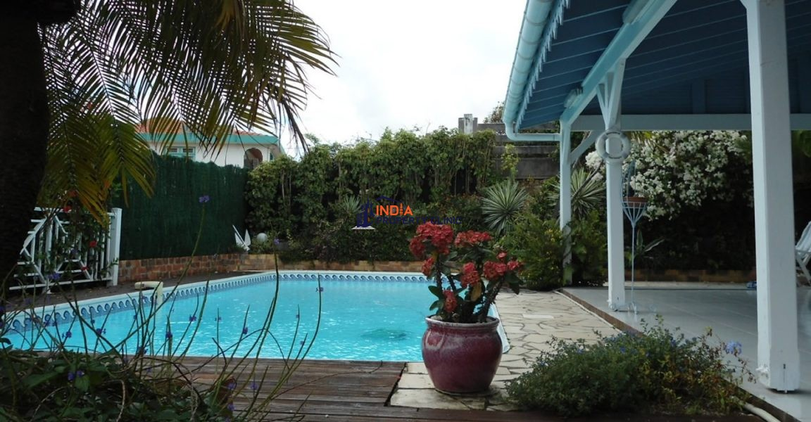 4 Bedroom House for Sale in Le Francois