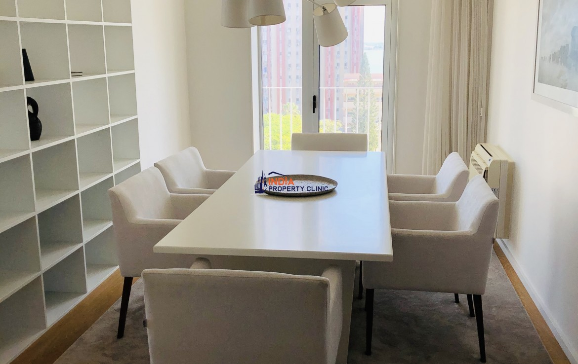 Luxurious 3 bedroom Furnished  Apartment For Rent in  Rua Mateus Sansão Muthemba