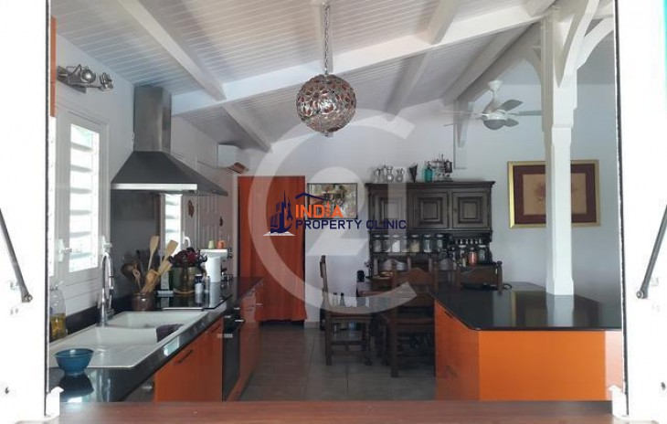 Family Home for Sale in Le Bourg