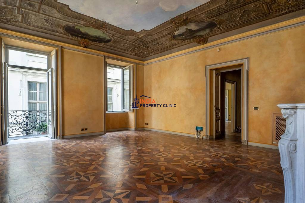 3 room Apartment for sale in Mercanti