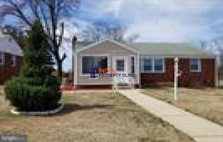 Residential For Sale in Townsley Avenue