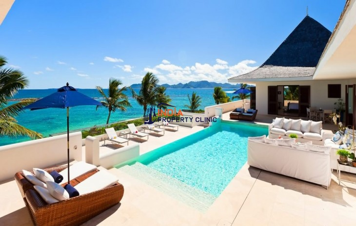 Luxury Beachfront Home for Sale in Little Harbour Bay