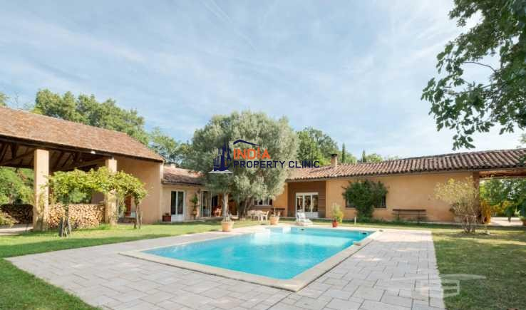 House For Sale in Albi