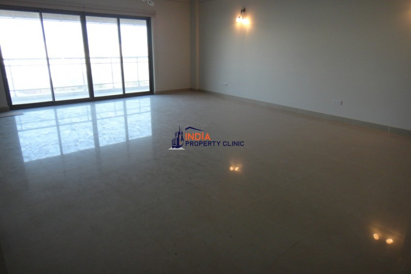 4 bedroom Apartment For Sale in Tala Island