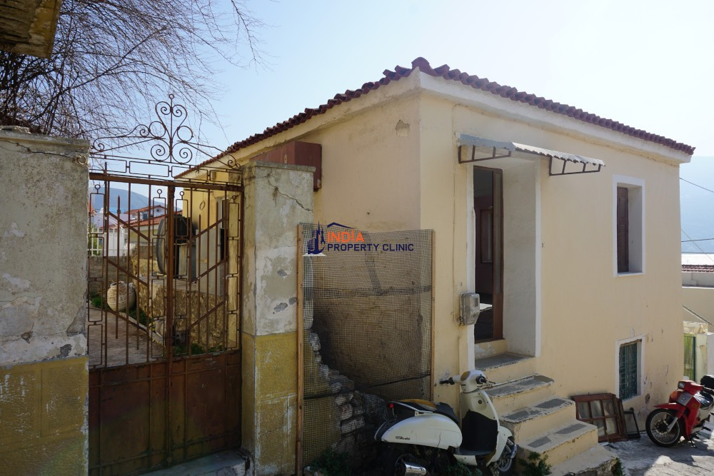 2 Bedroom House For Sale in Samos