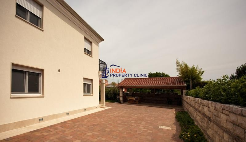 House For Sale in Umag