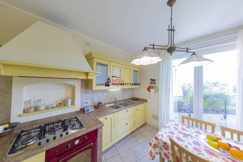 3 bedroom penthouse for sale in Verbania
