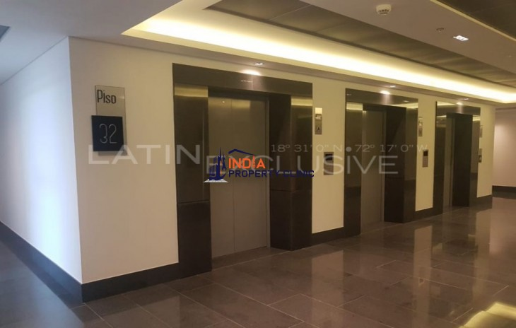 Office Space  For Sale in Usaquén
