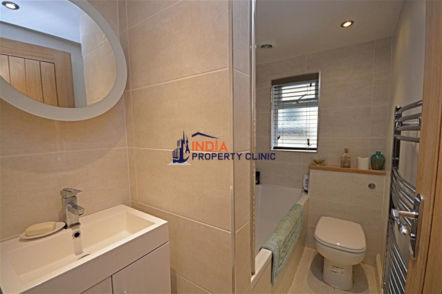Apartment For Sale in Journeaux Street