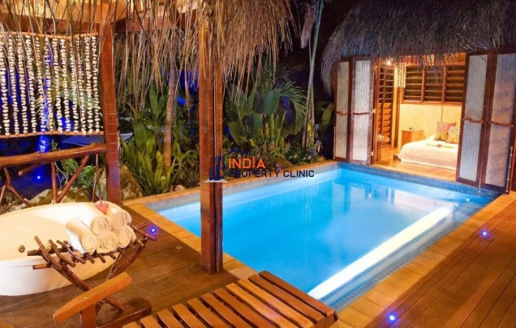 Royal Honeymoon Pool Villa For Sale in Aitutaki