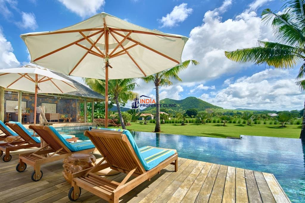 6 Bedroom Home for Sale in Dorado Beach Estates