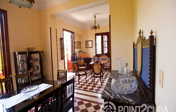 Apartment For Sale in Vedado