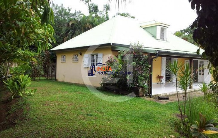 Single Family Home for Sale in Petit Bourg
