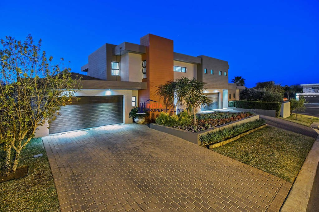 4 bedroom luxury Detached House for sale in Pretoria East