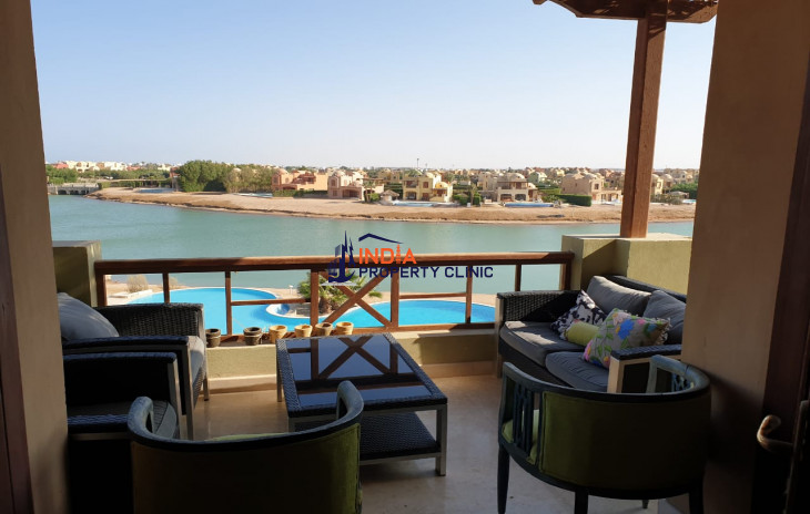 Apartment in Sabina with pool view