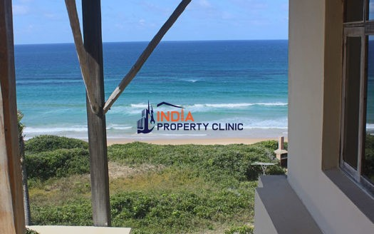 Private beach Houses For Sale in Guinjata
