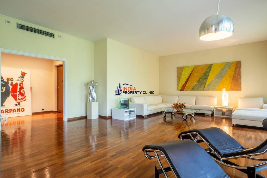 6 room luxury Apartment for sale in San Mauro Torinese