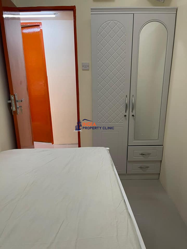 Rent Newly Acquired Partition Deira City Center Old Dubai