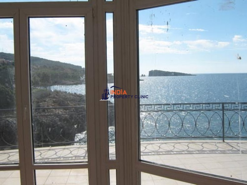 Villa for sale in Utjeha
