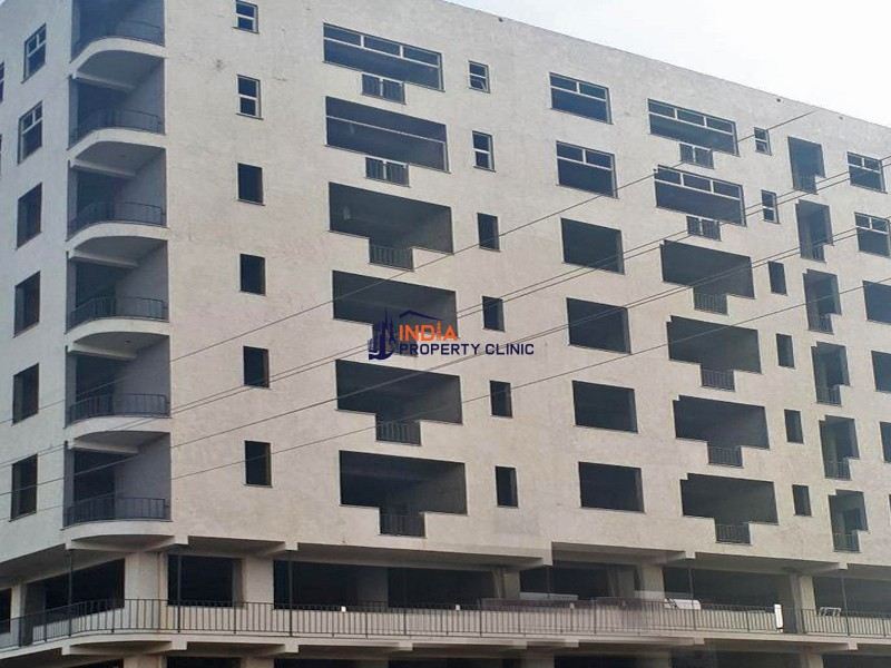 Apartment for Sale in Ayat