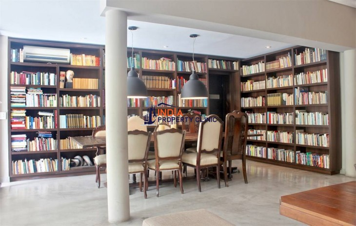 Townhouse for Sale in Esmeralda Buenos Aires
