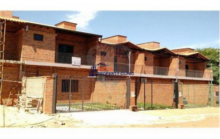 Duplex For Sale in San Lorenzo