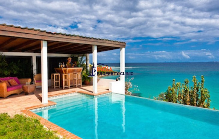 Villa for Sale in Sandy Hill Bay