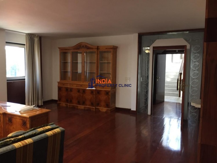 Office building for sale in Bucharest