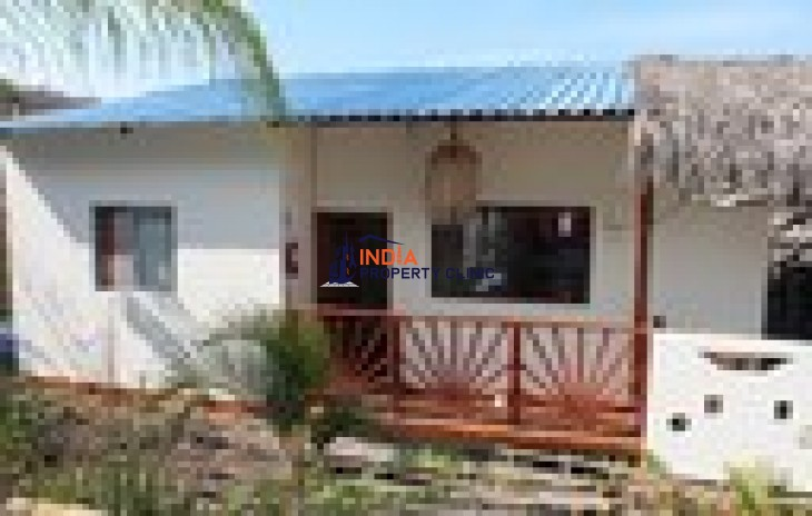 Oceanfront Home For Sale in Ayangue