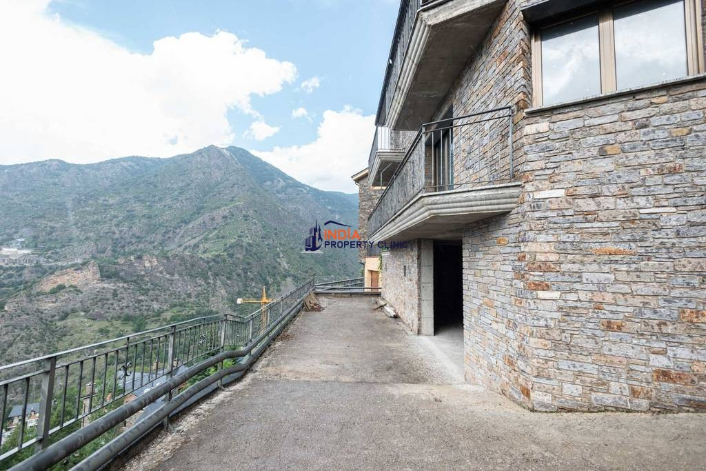 Luxury 5 bedroom Detached House for sale in Escaldes-Engordany