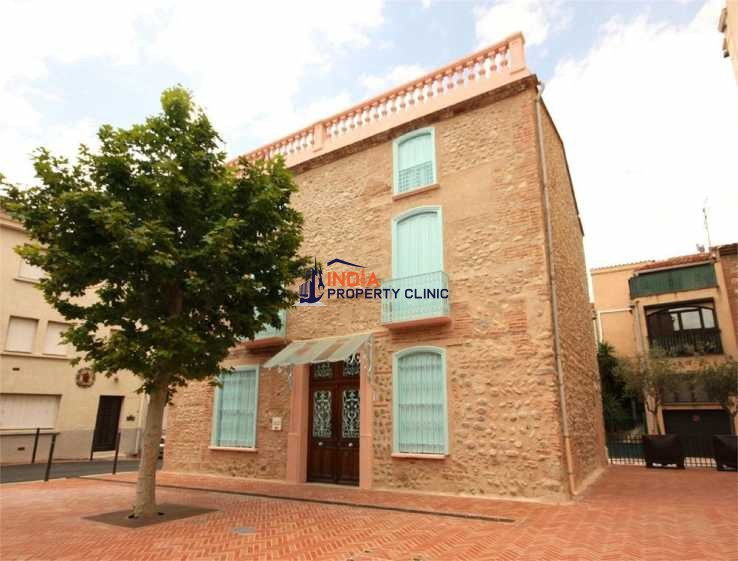 House For Sale in Le Soler