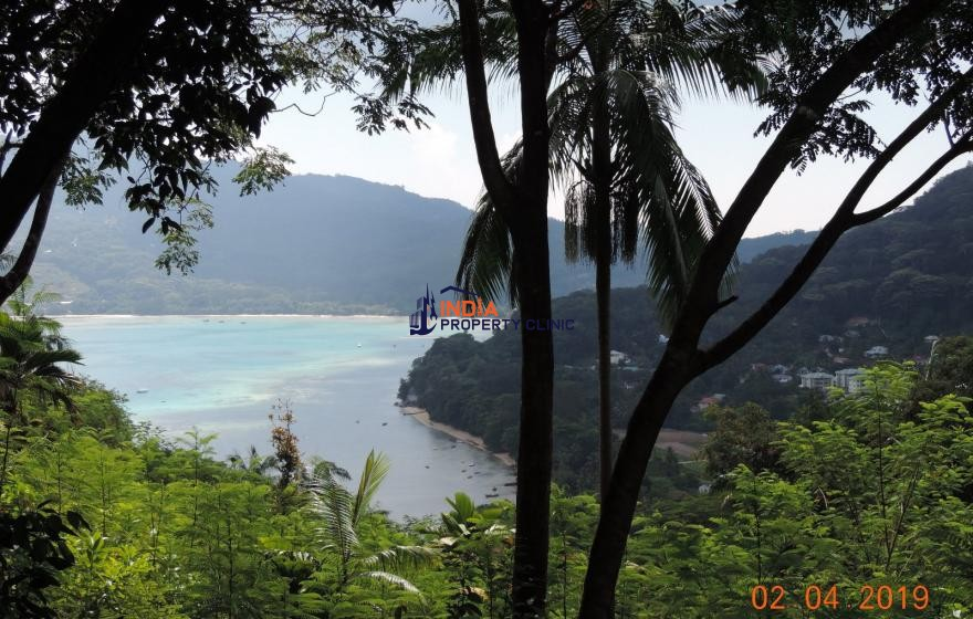 Lot For Sale in Anse Poules Bleu