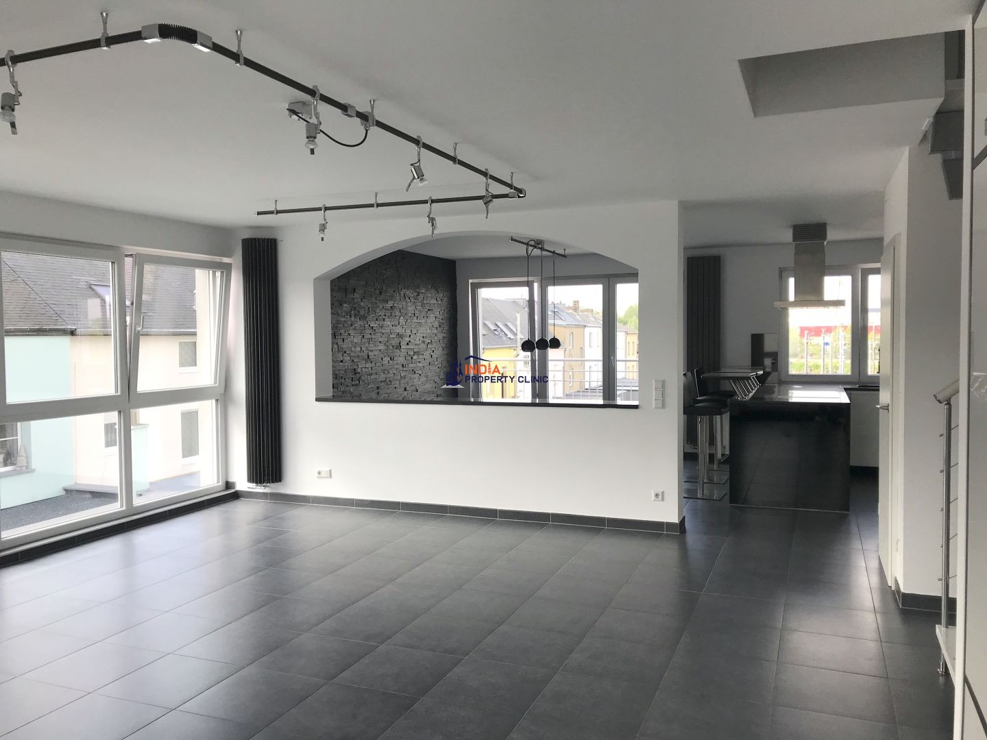Apartment For Rent in Howald