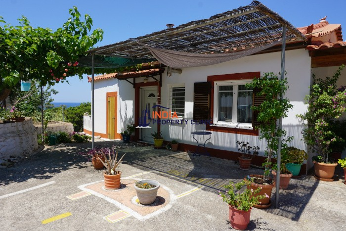 House For Sale in Agios Konstantinos