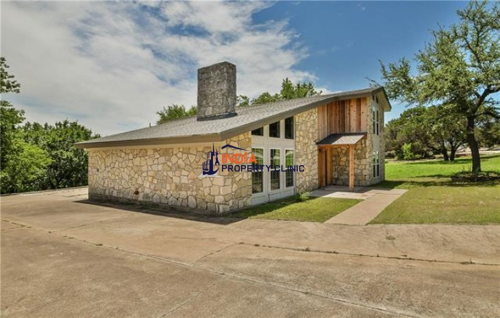 4 bedroom/2 full bath Home For Sale in Granbury