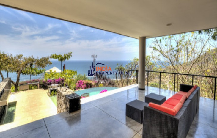 Home For Sale in El Sunzal