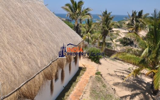 Home  For Sale in Tofo
