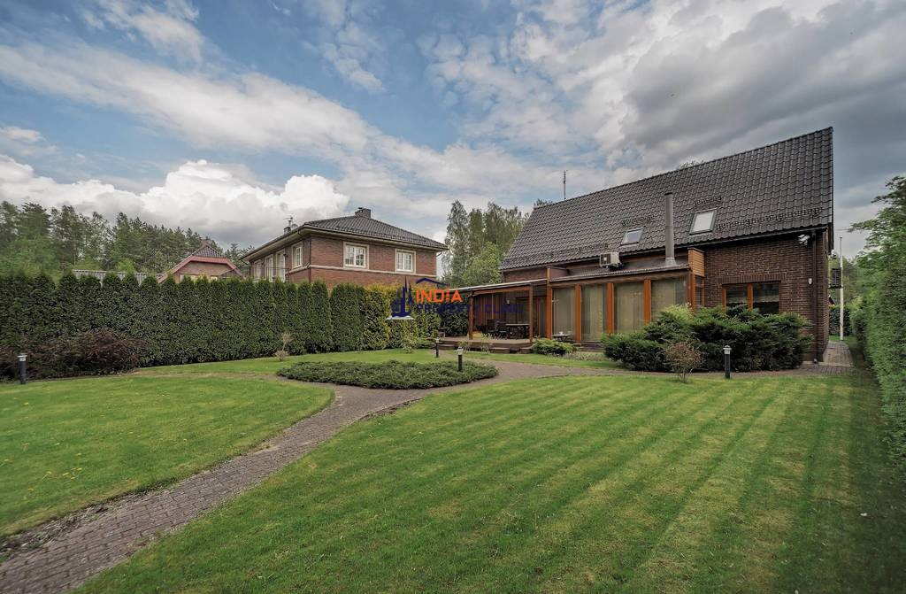 6 room luxury Detached House for sale in Vilnius