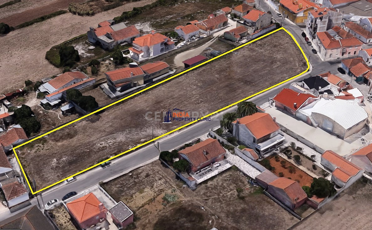 5,200 m2 Land For Sale in Sintra