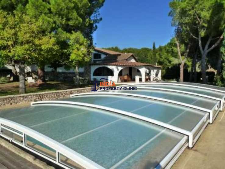 4 bedroom House For Sale in Montpellier