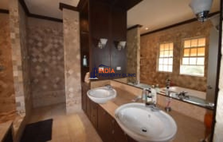 House for Sale in George Heights