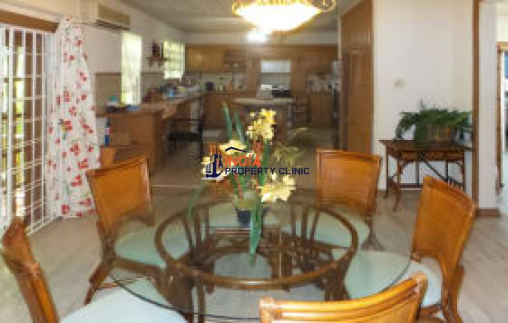 Apartment for Sale in Peronne Gap