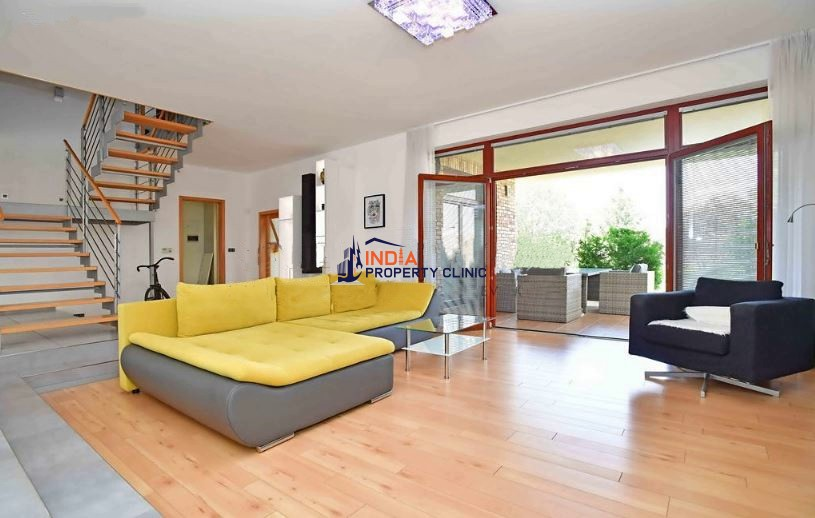 Detached House for sale in Praha