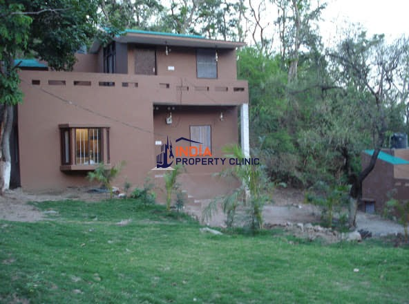 Cottage for sale in Morni Hills