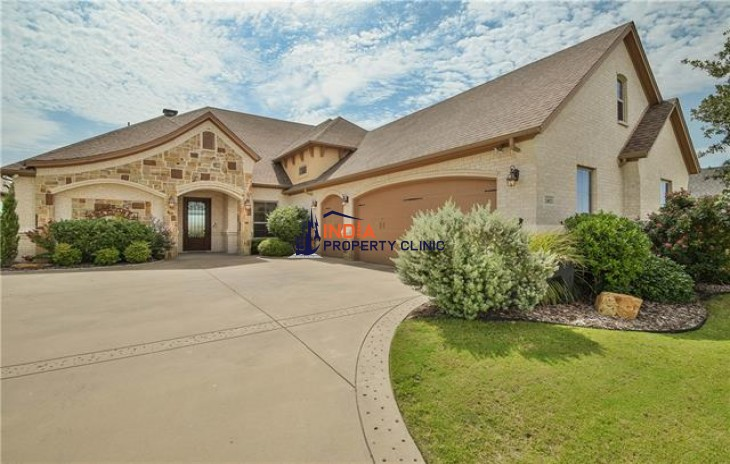 Story Home For Sale in Granbury