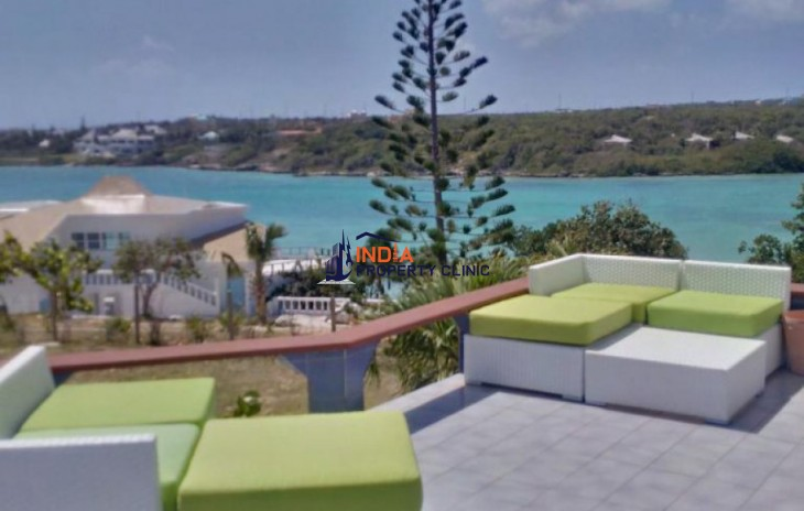 Villa for Sale in Little Harbour