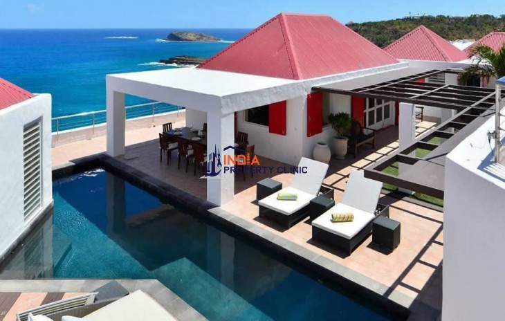4 Bedroom Luxury Villa for Sale in Pointe Milou