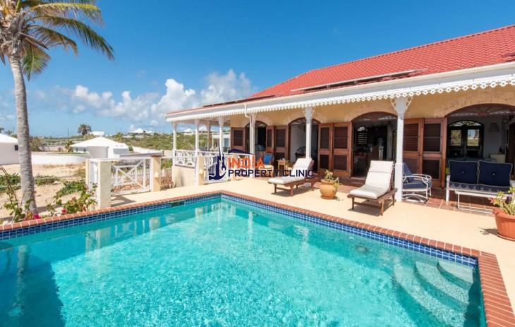 3 Bedroom Villa  for Sale in Meads Bay