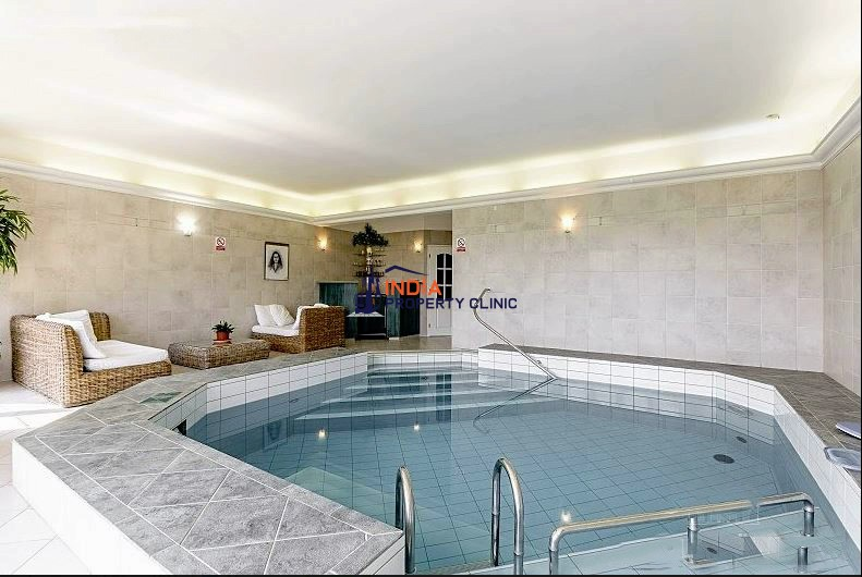 Family Villa for sale in Prague